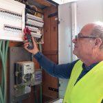 בודק חשמל מוסמך   אלי שטיינברג - ייעוץ חשמל