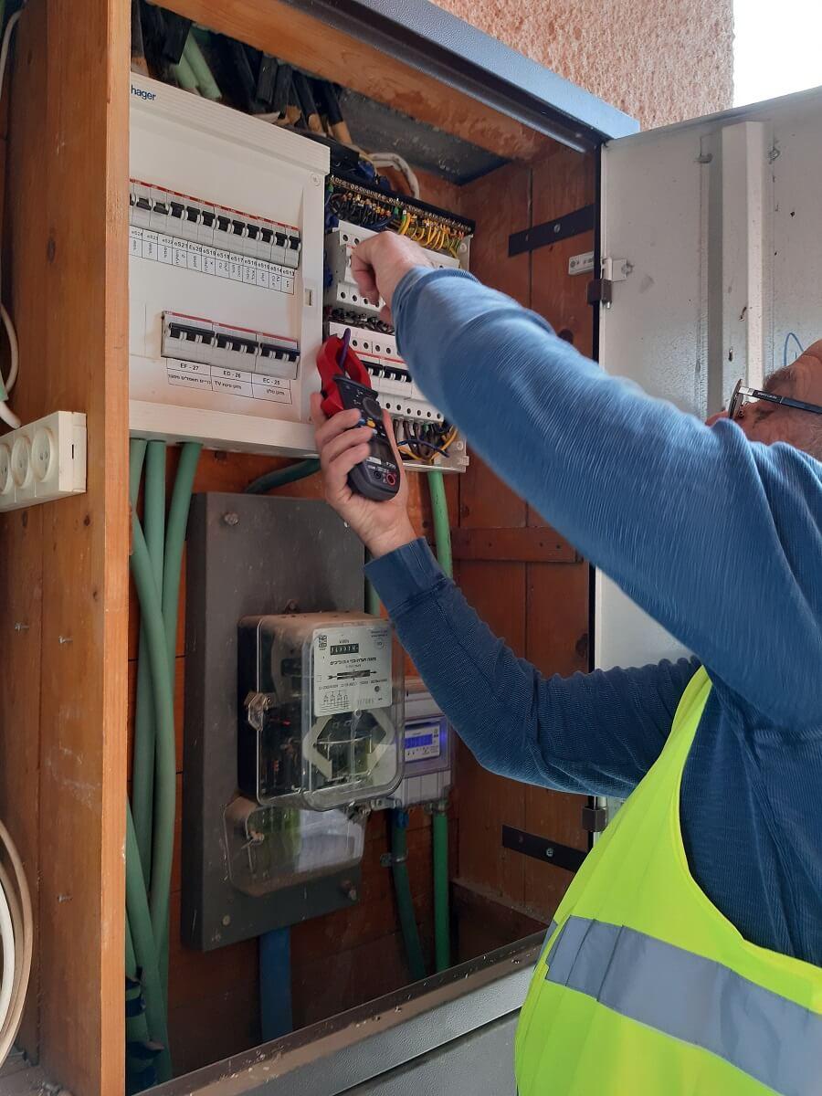 בדיקת חשמל בשטח | ייעוץ חשמל - אלי שטיינברג