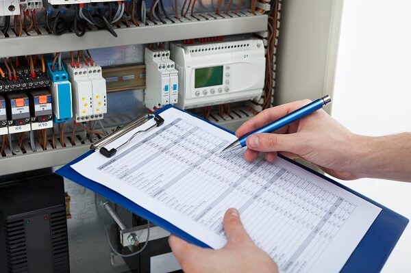 ממונה בטיחות חשמל - אלי שטיינברג, מהנדס בודק חשמל